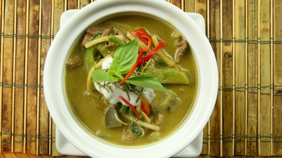 Everyday Thai Cooking: Enjoying Popular Dishes from Around the ...